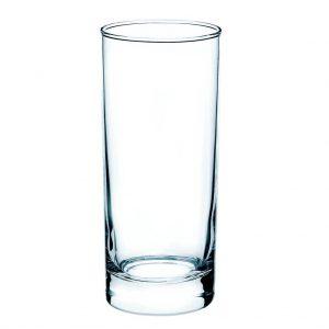 Lekker koud drinken uit een longdrink glas in Flevoland